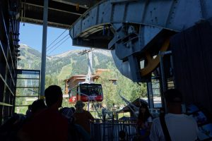 The Airtram arriving