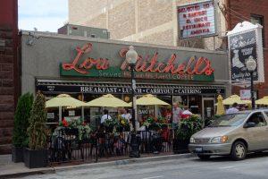 Lou Mitchell 's